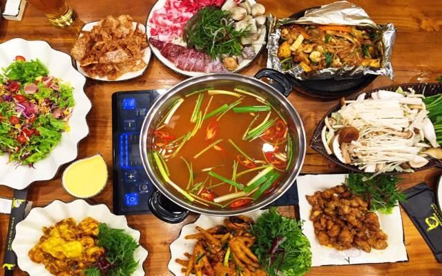 Hấp dẫn với những món Việt ở Bục Quán