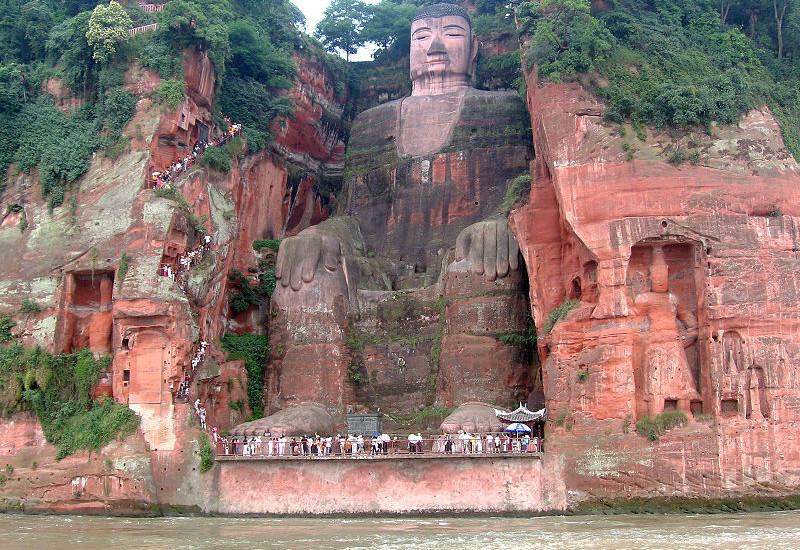 Đại tượng Phật Lạc Sơn – Trung Quốc