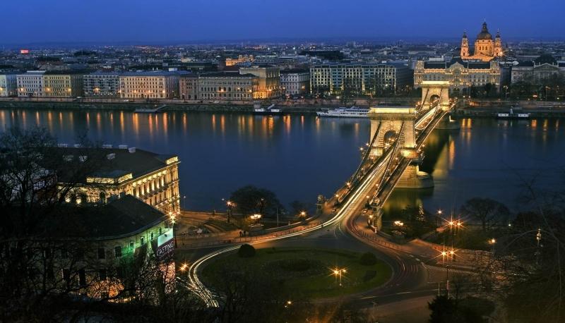 Budapest về đêm