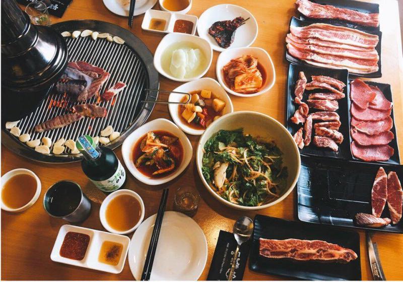 Buffet nướng - Tùng Chi