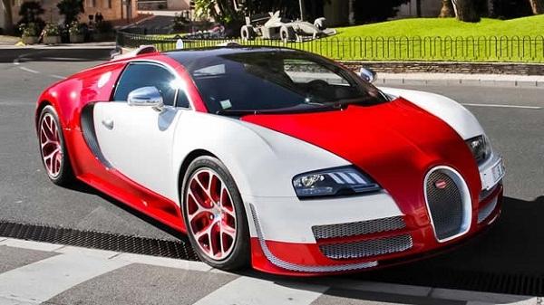Chiếc Bugatti Veyron nguyên bản tại Pháp
