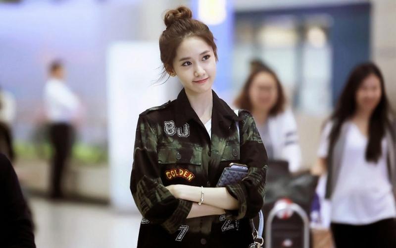 Thành viên Yoona (SNSD) búi tóc củ tỏi dễ thương không nào?