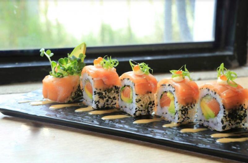 Bụi Sushi