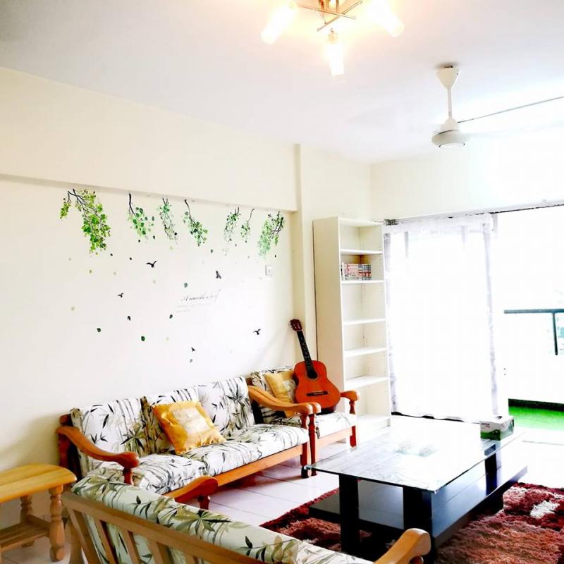 Tới Bukit Jalil Homestay bạn sẽ được đề xuất thêm rất nhiều thiết bị giúp kì nghỉ của bạn ở Kuala Lumpur thêm tiện lợi vì sự thoải mái, tiện nghi, trang bị đầy đủ bãi đỗ xe, thang máy, phòng gia đình.