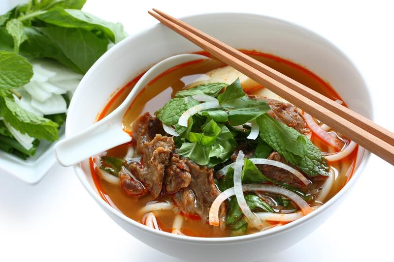 Bún bò là món ăn đại diện cho cả một vùng miền Trung.