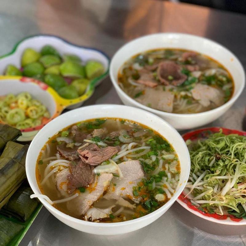 Bún Bò Huế Trang Nam