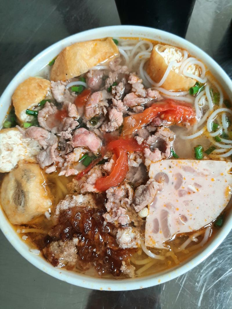 Bún Bò Nam Bộ - Lạc Trung