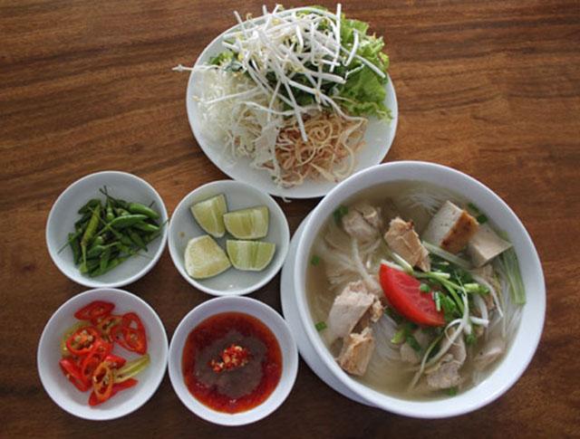 Bún cá dầm (Nha Trang)