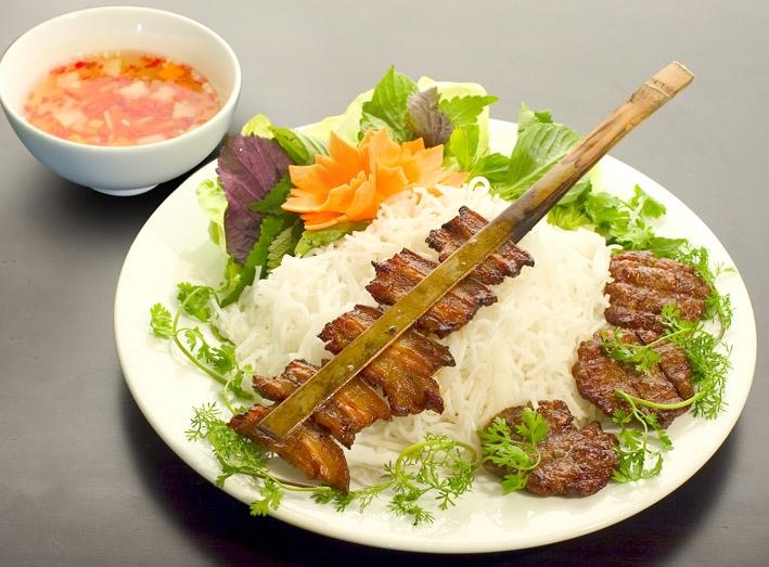 Bún chả Nam Định thơm ngon, bổ dưỡng