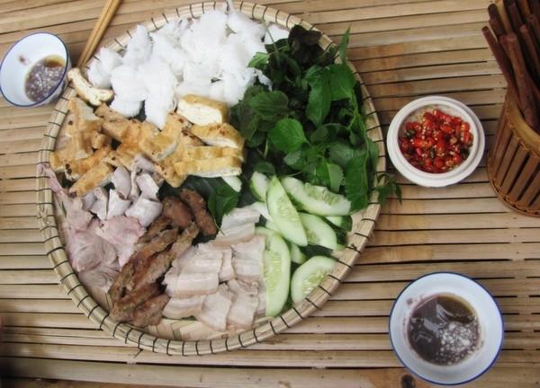 Bún đậu mắm tôm - Ngõ Phất Lộc, Hàng Bạc
