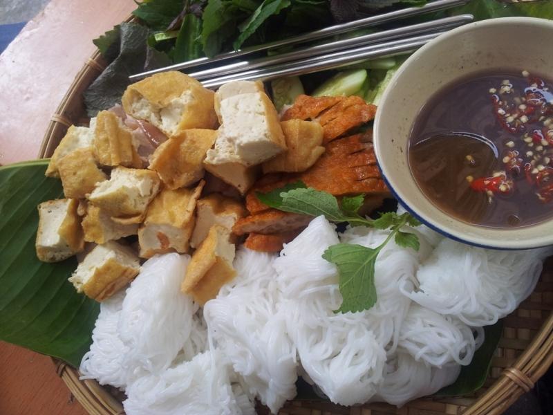 Bún đậu mắm tôm bếp nhà Hương Béo