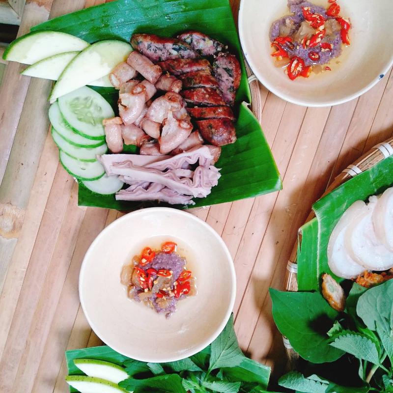 Quán Triệu Vy đã không còn xa lạ đối với những bạn yêu món bún đậu tại quận Gò Vấp
