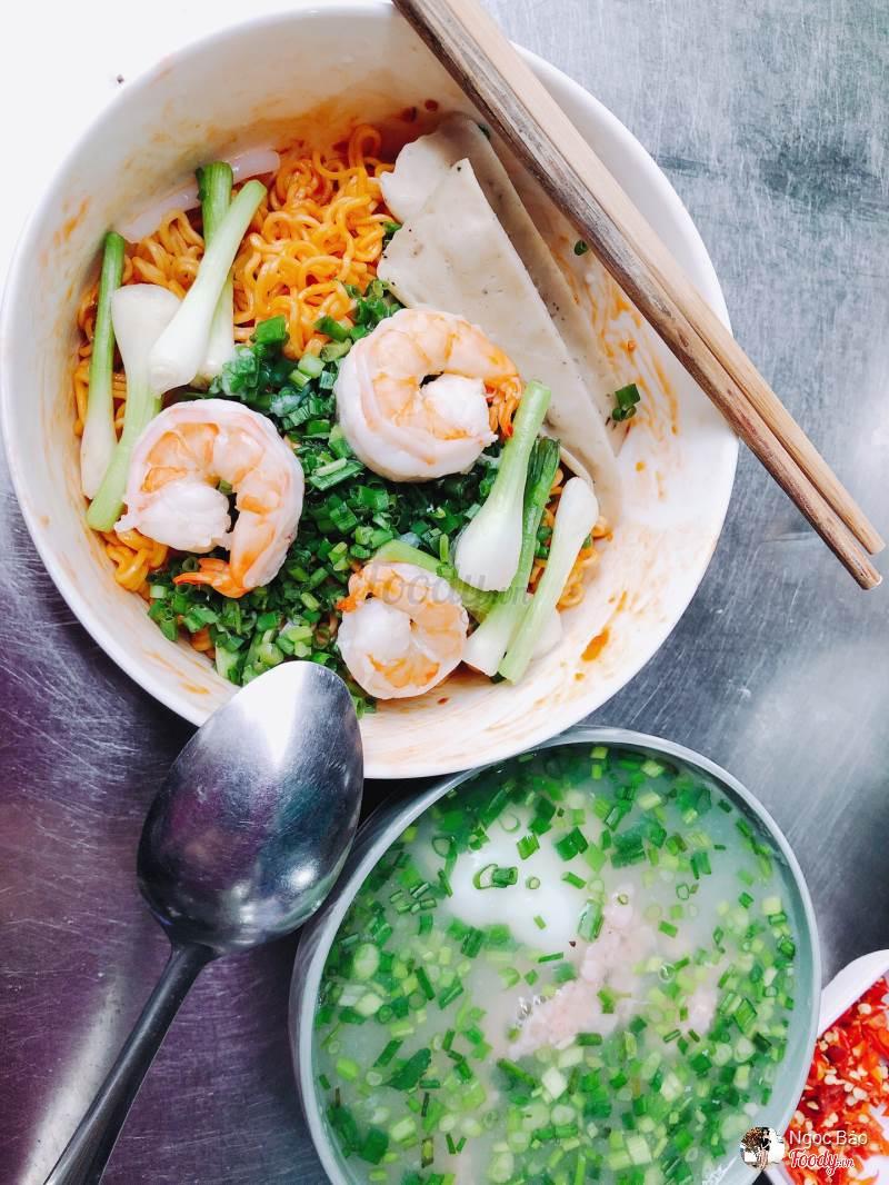 Bún Nước Lèo - Nơ Trang Long