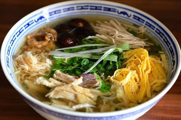 Bún thang là một ẩm thực đặc sản của người Hà Nội