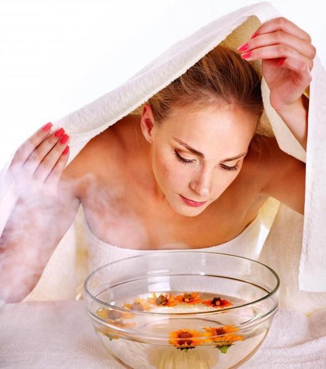 Xông hơi giúp cho da mặt của bạn trở nên mềm mại hơn