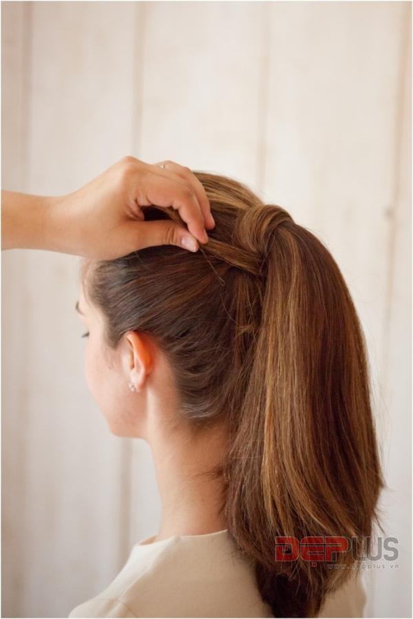 Buộc tóc đuôi ngựa