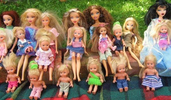 Búp bê - đồ chơi yêu thích của các bé gái