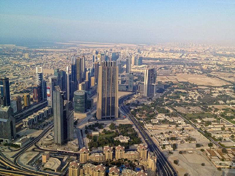 Burj Khalifa (828m,Dubai, UAE)