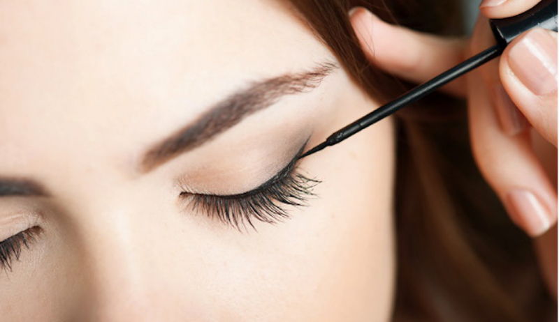 Top 15 bút kẻ mắt nước không trôi tốt nhất cho phái đẹp