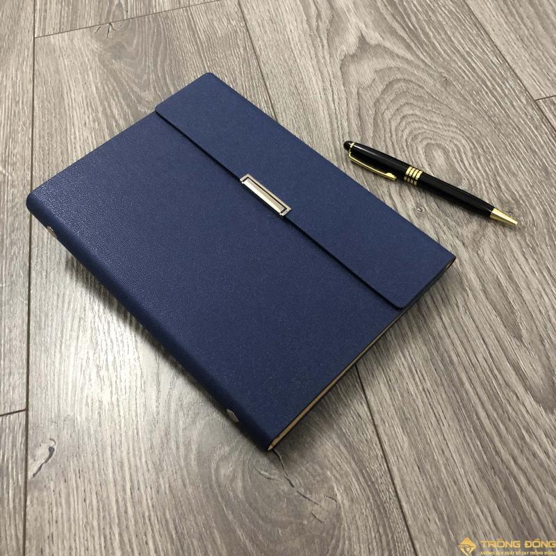 Bút và sổ