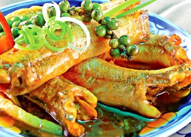 Cá Bống kho nước dừa