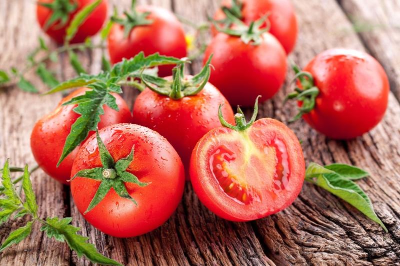 Cà chua không chỉ giúp cho các món ăn trở nên thơm ngon hơn mà còn chống lão hóa hiệu quả