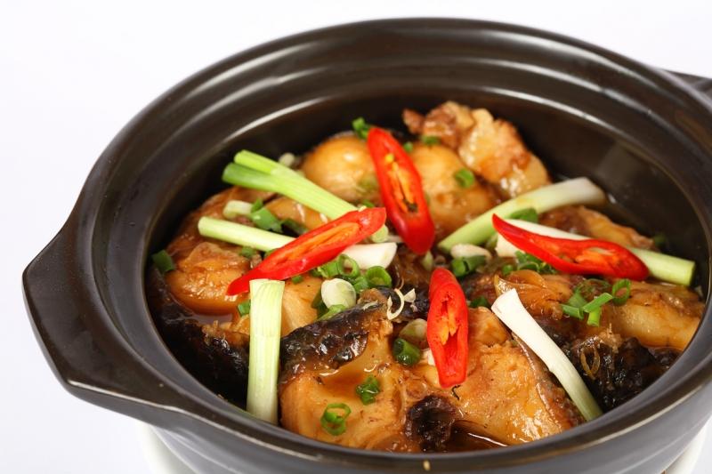 Cá kho tộ - một món ăn thường xuyên xuất hiện tỏng mâm cơm của người miền Tây