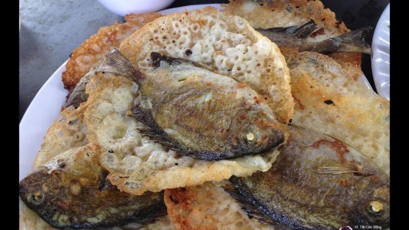 Bánh khoái cá kình làng Chuồn