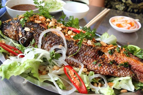 Cá lóc nướng riềng sả