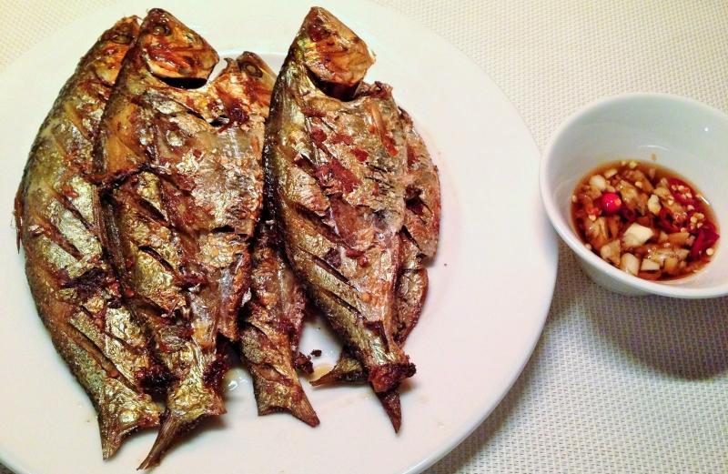 Chỉ đơn giản là chiên nhưng cá mòi cũng đủ làm cho bữa ăn của bạn thêm ngon miệng (Nguồn: Sưu tầm)