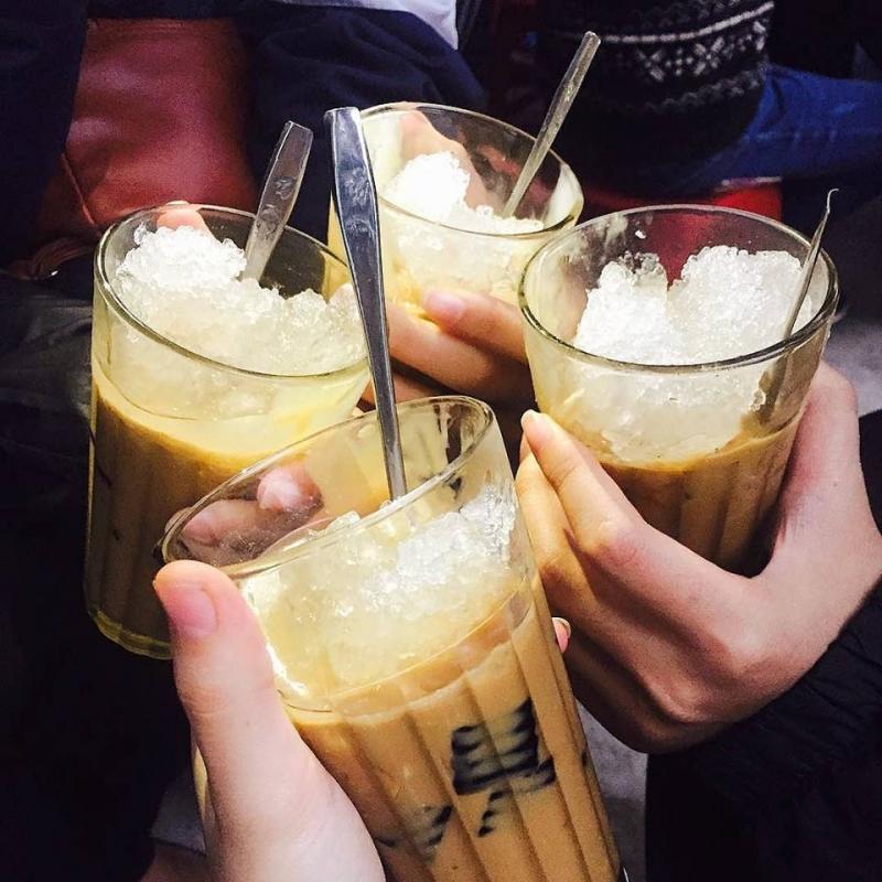 Cà phê cốt dừa – 102 Lam Sơn
