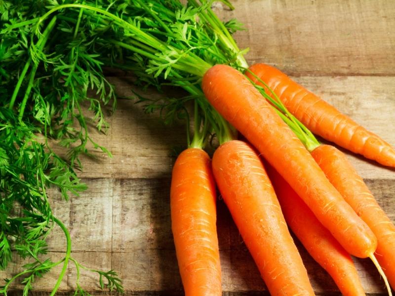 Vitamin A, các vitamin nhu yếu khác và các chất chống oxy hóa trong cà rốt có tác dụng chống lão hóa hiệu quả