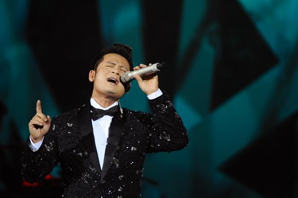 Top 10 ca sỹ có giọng hát cao ấn tượng nhất của Vpop