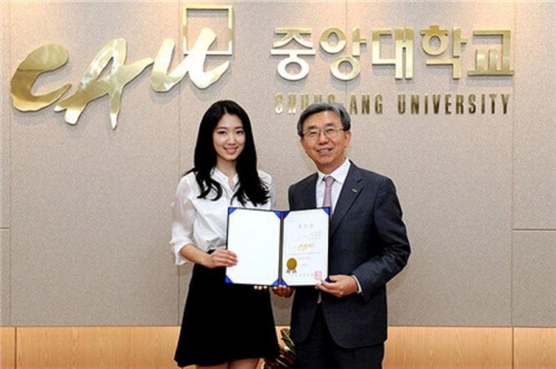 Nhiều cơ hội học bổng dành cho du học sinh nước ngoài