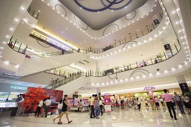 Các trung tâm thương mại là địa điểm vui chơi thú vị của thủ đô Hà Nội