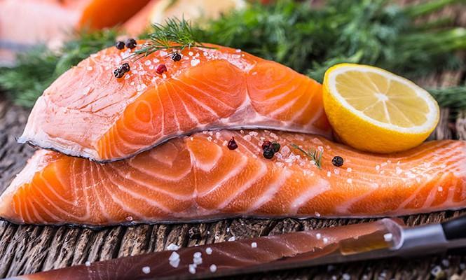 Cá chứa nhiều chất giúp trẻ hóa làn da