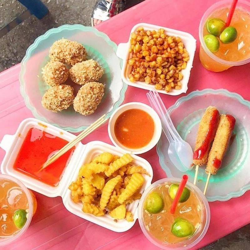 Một số món ăn vặt tại quán Ăn vặt Cô Dung-Hồ Đắc Di