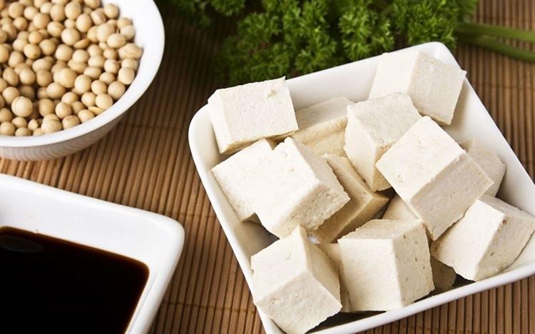 Các món ăn chế từ đậu nành nên dùng trong 2h sau khi nấu.