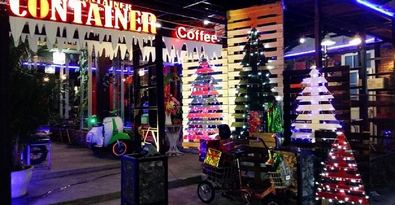 Các quán cafe dọc hai bên bờ sông Hàn