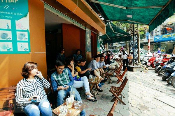 Các quán cafe vỉa hè ở phố cổ