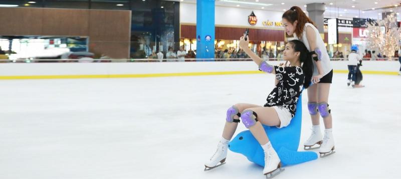 Sân trượt băng ở Royal City