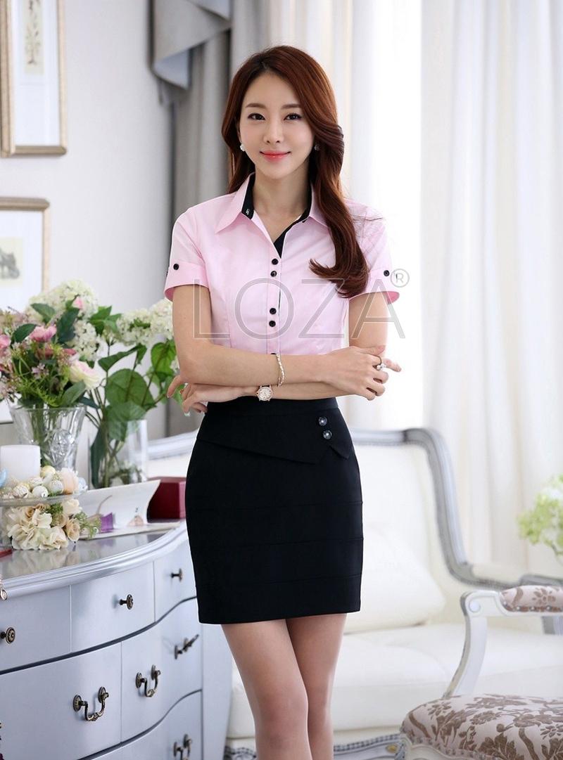 Những chiếc áo sơ mi ngắn kết hợp váy ngắn giúp bạn trông cao hơn
