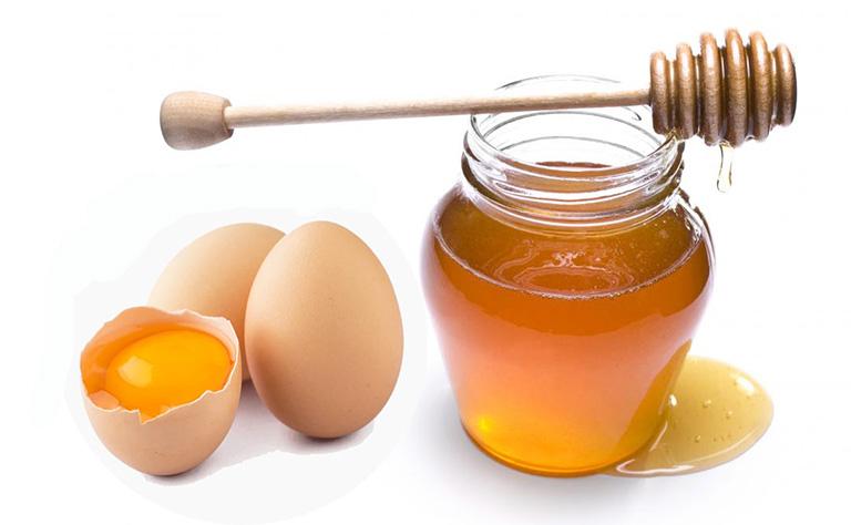Trị ho bằng trứng gà và mật ong