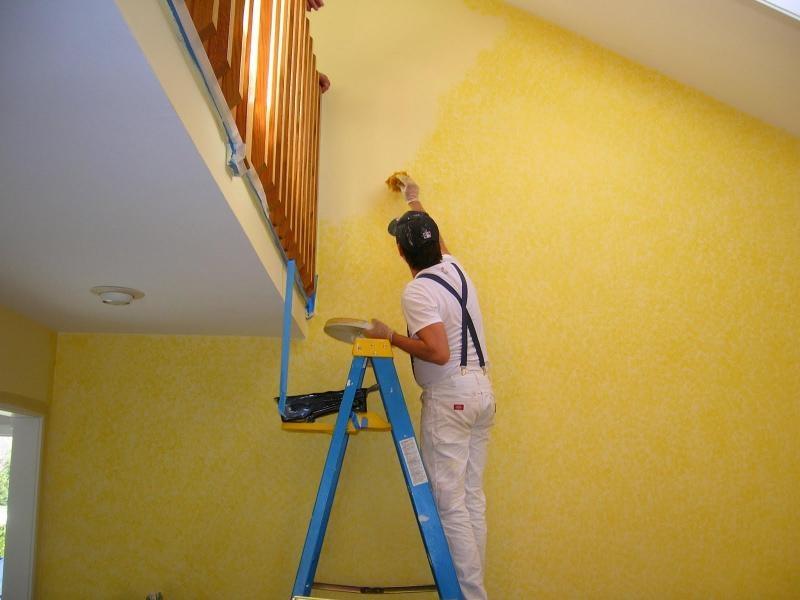 Cách làm sạch tường sơn