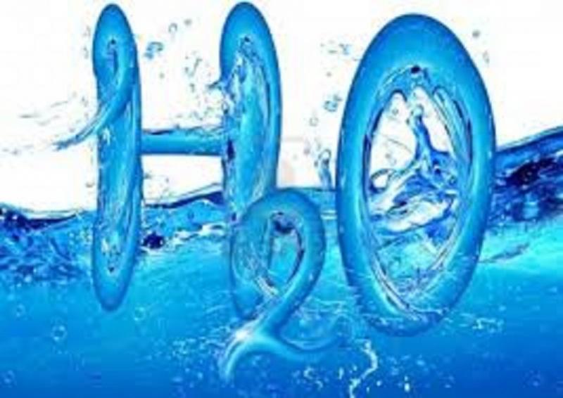 Uống đủ nước để phòng bệnh chàm