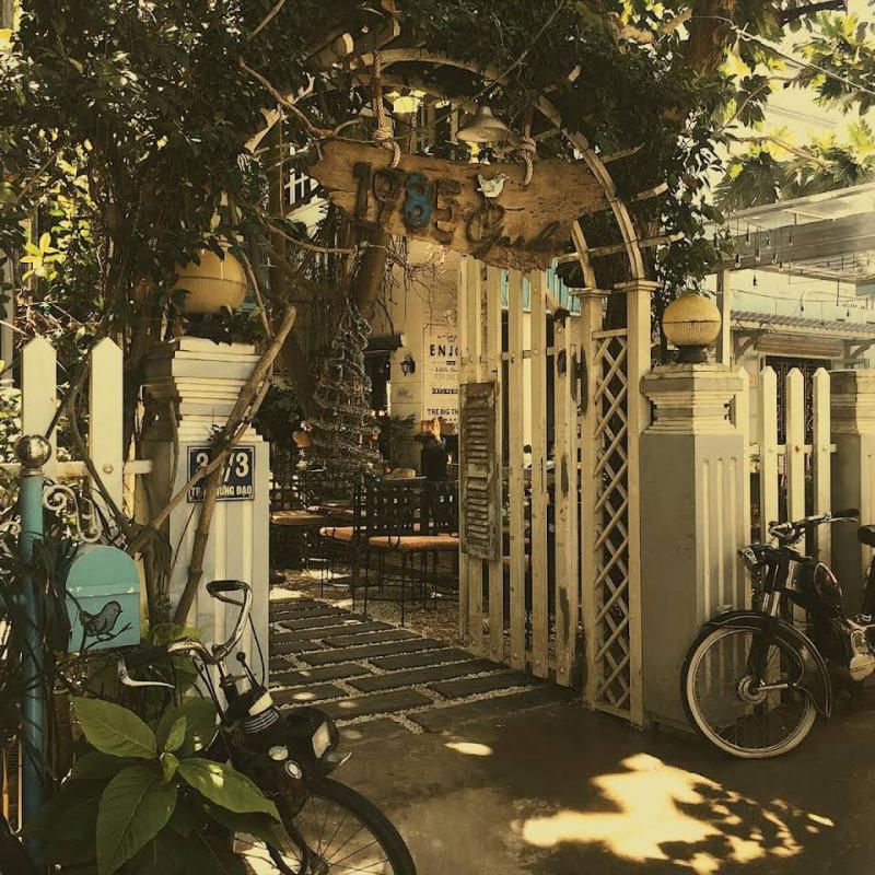 Hoài cổ cùng Cafe 1985 Garden