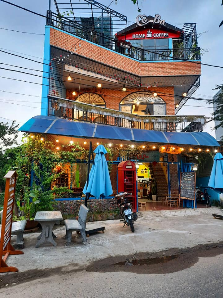 Cafe & Ăn Vặt Cô Ba