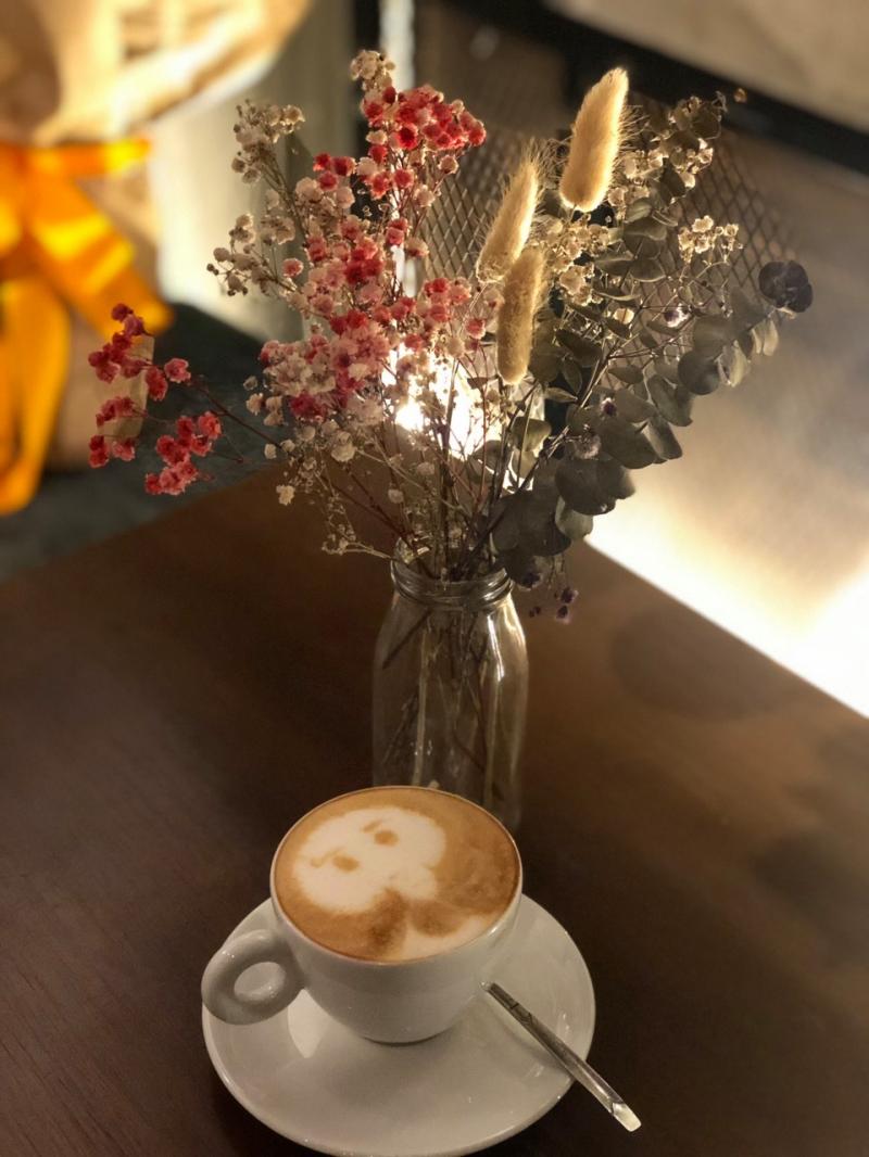 Cafe Hi-End