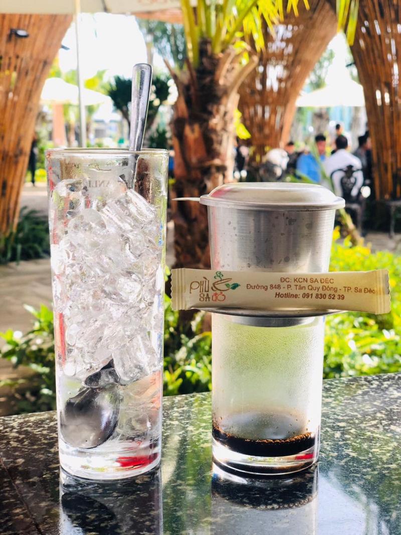 Cafe Phù Sa Đỏ