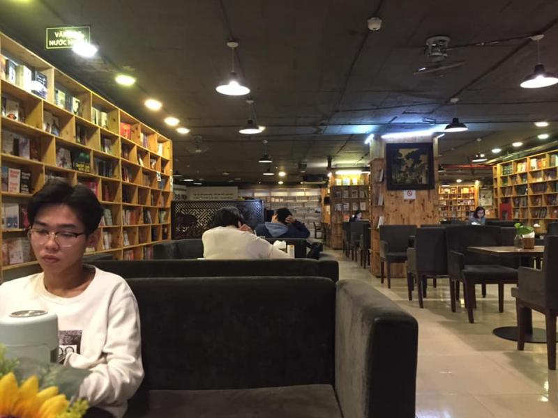 Cafe Sách Biblio